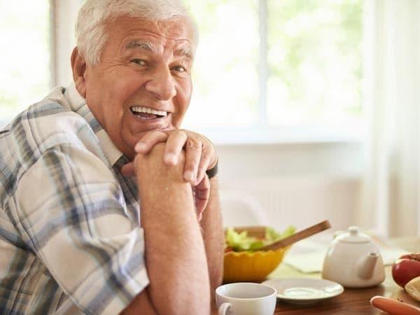 پسته برای سالمندان